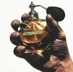Nitromusk