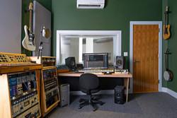 studio 02 Ellis-2065.jpg