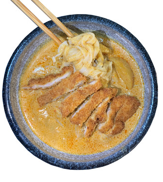 Curry Pork/Chicken Chop Hor Fun 咖喱猪排/鸡排河粉