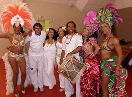 Déambulation, carnaval, événements professionnels, Spectacle tropical,Limbo, show tropical, danseuses tropicales, danseurs tropical, musiciens tropical, soirée à thème tropical, paillettes, danse tropical, danse en couple, initiation tropical, animation tropical, repas tropical, fête tropicale, mariage tropical, séminaire tropical, événement, samba brasil