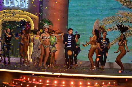 Samba Brasil anime vos événements professionnels avec de superbes danseuses Brésiliennes, Antillaises ou Latino, des spectacles pours des séminaires, des soirées ou des lancements de produits