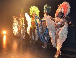 Samba Brasil anime vous événements professionnels ou privés avec des spectacles de danse brésilienne, danse salsa, danse latino, danse antillaise, avec de magnifiques danseurs et danseuses professionnels qui vous offriront un spectacle inoubliable. Danseuses brésilienne, danseurs brésiliens, danseuses antillaises, danseurs antillais, danseuse salsa, danseur salsa, danseuse latino, danseuse latino, musiciens batucada, musiciens brésiliens, danseurs samba, danseuse salsa