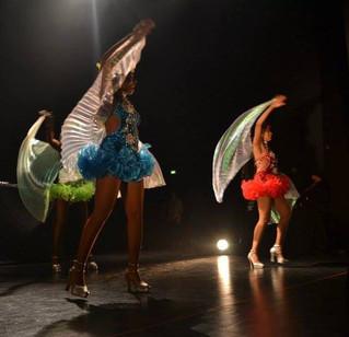 Danseuses Antillaises