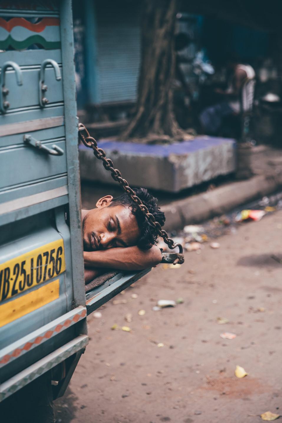 Kolkata_Street_5.jpg