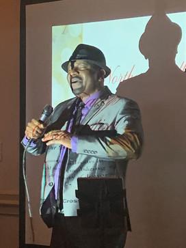 Vince singing 2.JPG
