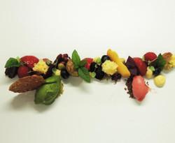 FRUITS D'ÉTÉ, CHOCOLAT, PISTACHES ET BAS