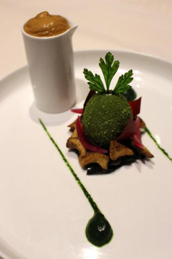 Oeuf vert mollet Espuma de cèpes façon C