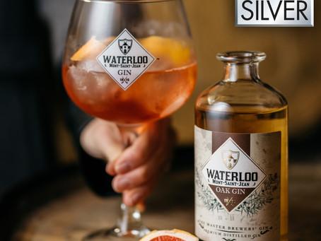 Médaille d'argent octroyée au Waterloo Oak Gin lors de la prestigieuse compétition World Gin Award