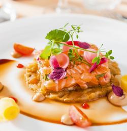 Tartare de saumon au caviar d'aubergine et sirop de Liège Original Meurens - Paul Knott
