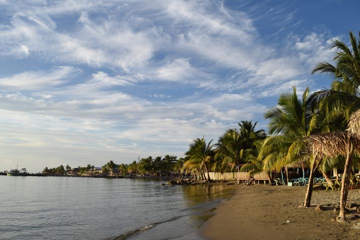 Return to Latin America – My day in Omoa, Honduras
