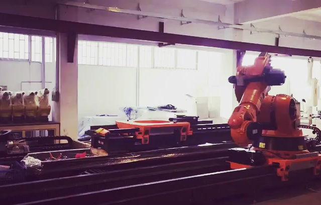 KUKA 滑軌測試