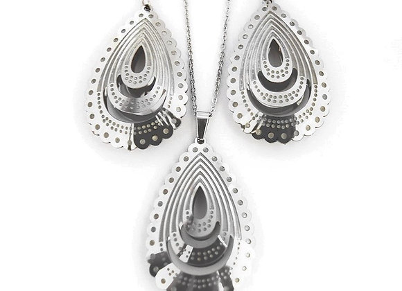 Bewitching Earrings and Pendant Set