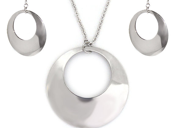 Elegance Earrings and Pendant Set