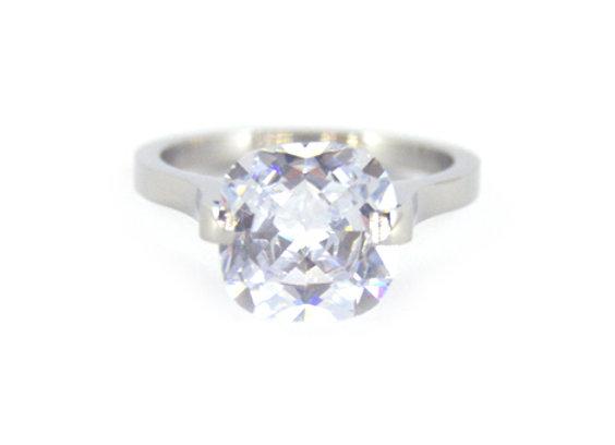 Extravagance Ring