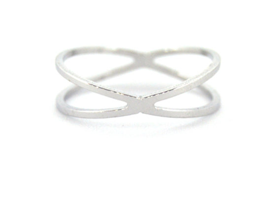 Small Criss Ring