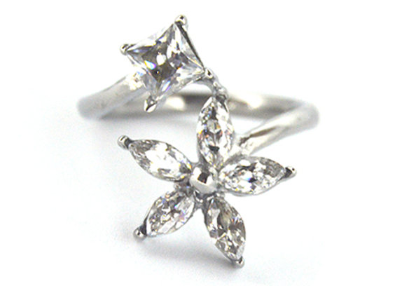 Flower Style Cubic Zirconia Ring