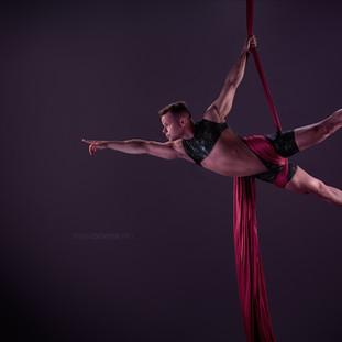 Aaron Twitchen aerial silks