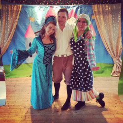 Dick Whittington childrens pantomime actor