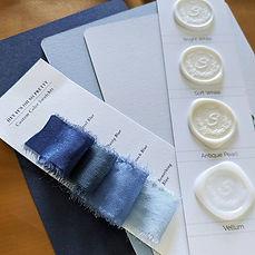 blue-ombre-wedding-invitations-wax-seals