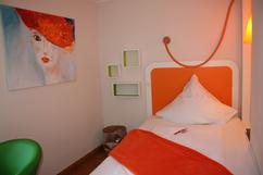 orange-suite.png