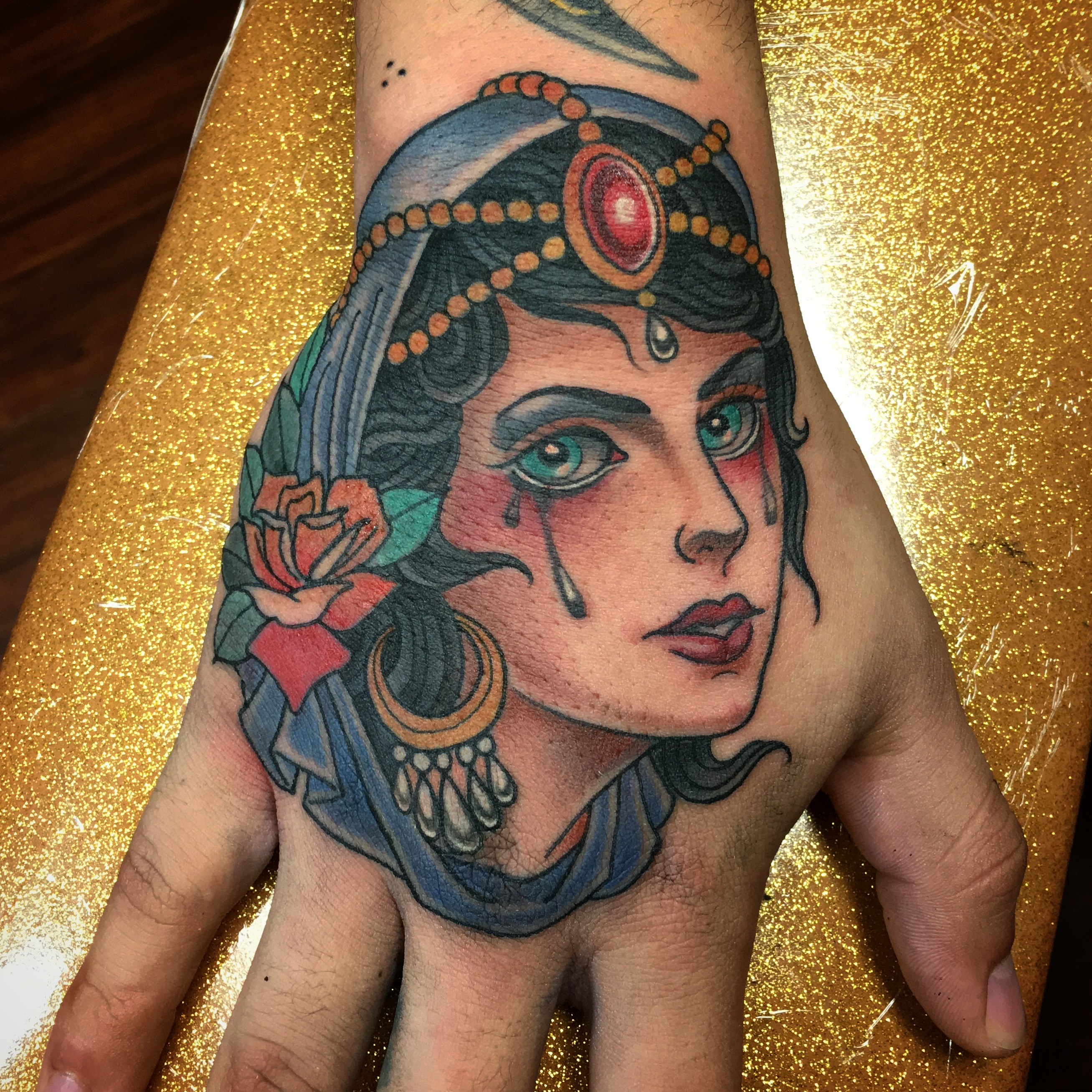 Girl on Hand by Chris Astrologo