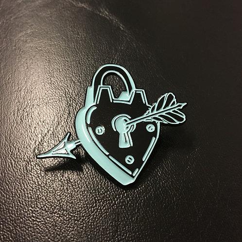 Heart & Arrow Pin