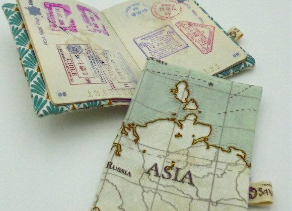 Housse de passeport - Carte du monde