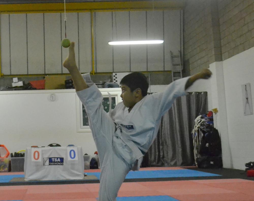 James Li, high kick champion