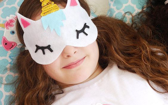 sleep_mask_unicorn.jpg