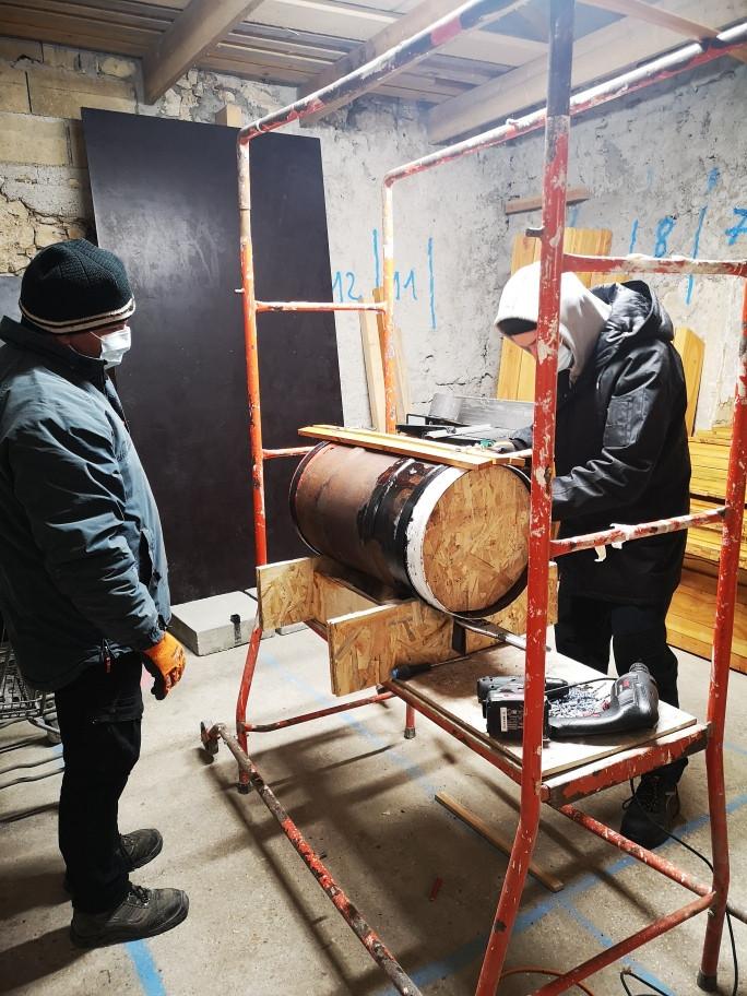 Fabrication de poubelles pour le site de Madine
