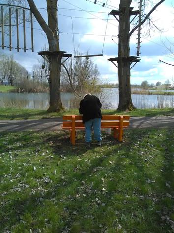 Pose de mobilier urbain pour le site du lac de Madine
