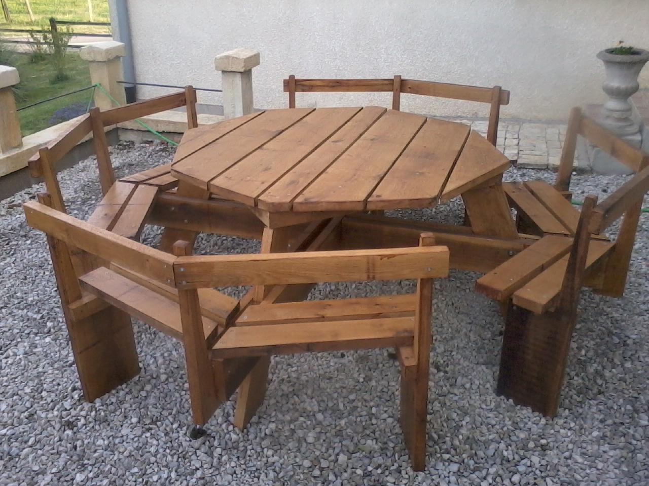 Nouveauté : table octogonale (à venir)