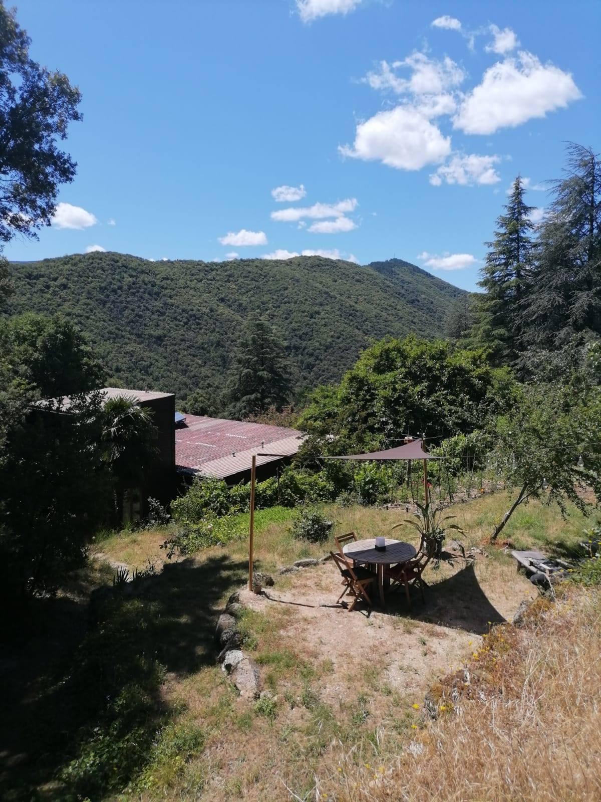 NaturoVida 30 - détente avec vue sur le Mont Aigoual - Cévennes