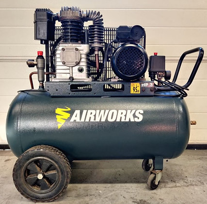 Airworks K17C/100CM3 Zuigercompressor 2.2kW, 400 liter, bouwjaar: 2016