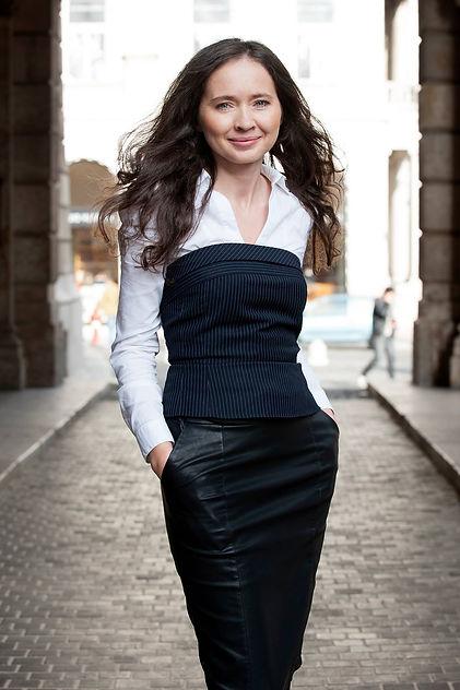 Vanyovszki_Maria_coach_budapest_eletut_.