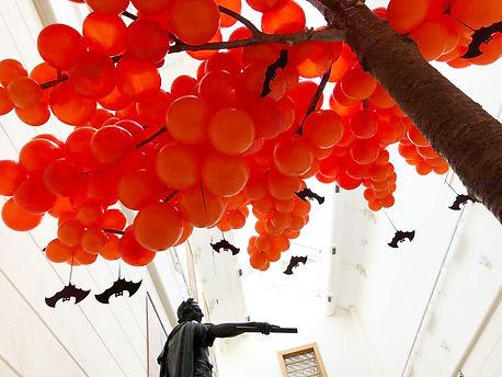 HalloweenBalloonTreeNationalGallery.jpg