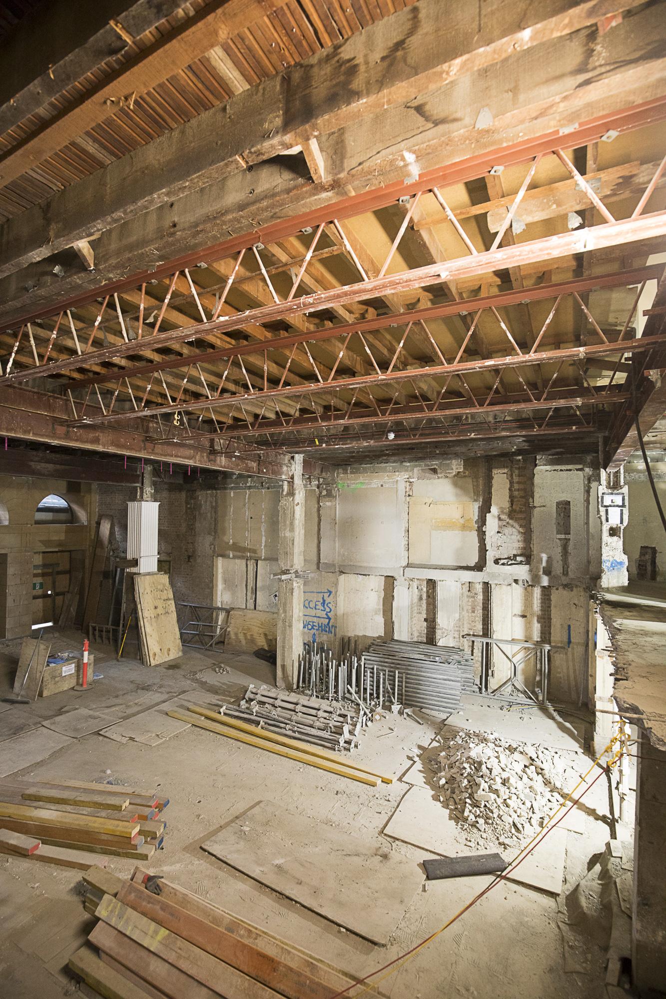 WP-064 - 285 mezzanine demolition (2)