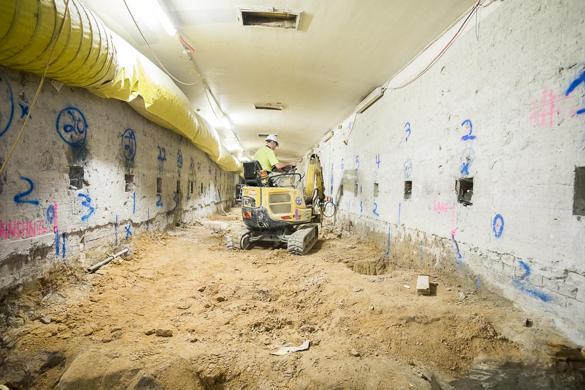 078 Hunter tunnel under pinning both