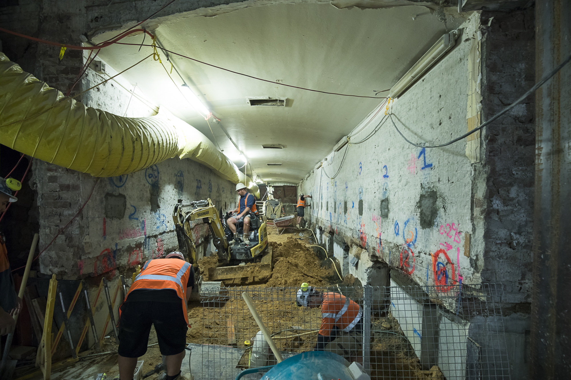 035 Hunter Tunnel Underpinning Works BOT