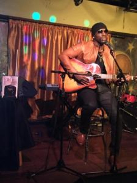 Performance at Apache Cafe