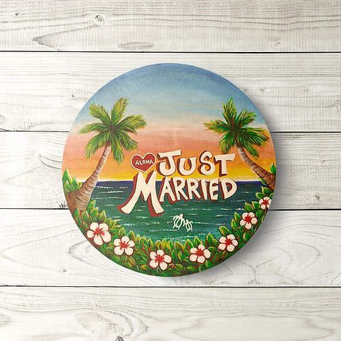 Just Married Circle Sign