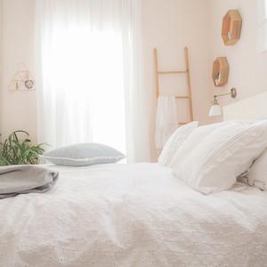 חדר השינה של שרה ואבי
