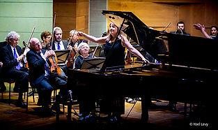 אתר וויקס דו-לשוני למוזיקאית ופסנתרנית