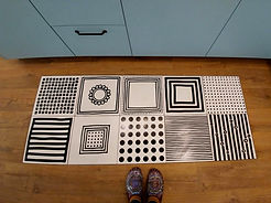 שטיח משולב בפרקט במטבח, עיצוב פנים רונה קינן-פיש בהוד - השרון