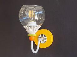 """דגם 2 - צמוד קיר צבעוני כדור זכוכית שקוף - קוטר 12 ס""""מ - 420 ש""""ח"""
