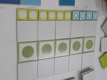 משחקים באריחים שבסטודיו ומקבלים את הצבעים והדוגמאות שבוחרים