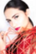 לינה קצפ מאפרת בהפקת אופנה