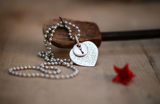 שרשרת לב ומפתח