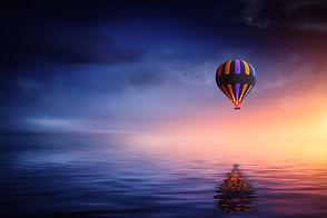 hot-air-balloon-2411851.jpeg