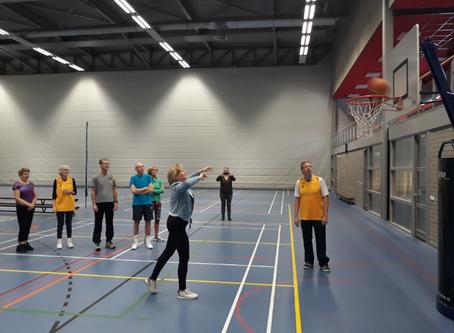 BASE: Succesvolle start OLDSTARS walking basketball in Epe